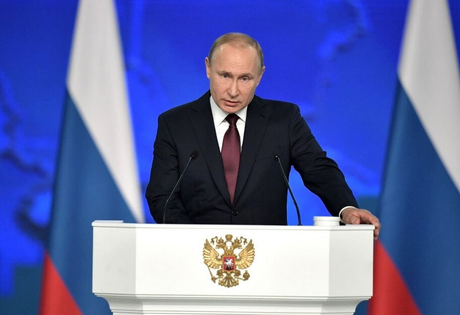 Зеленский предложил Путину провести встречу вДонбассе
