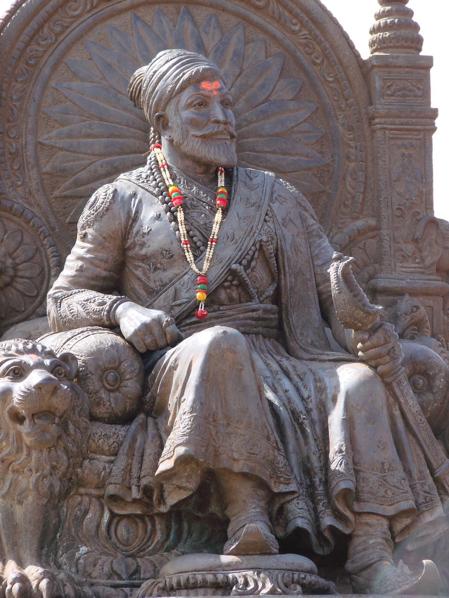 chhatrapati shivaji essay in gujarati Chhatrapati shivaji chatrapati shivaji maharaj was the founder of the maratha empire in western india he is considered to be one of the greatest warriors of his time and even today, stories of his exploits are narrated as a part of the folklore.