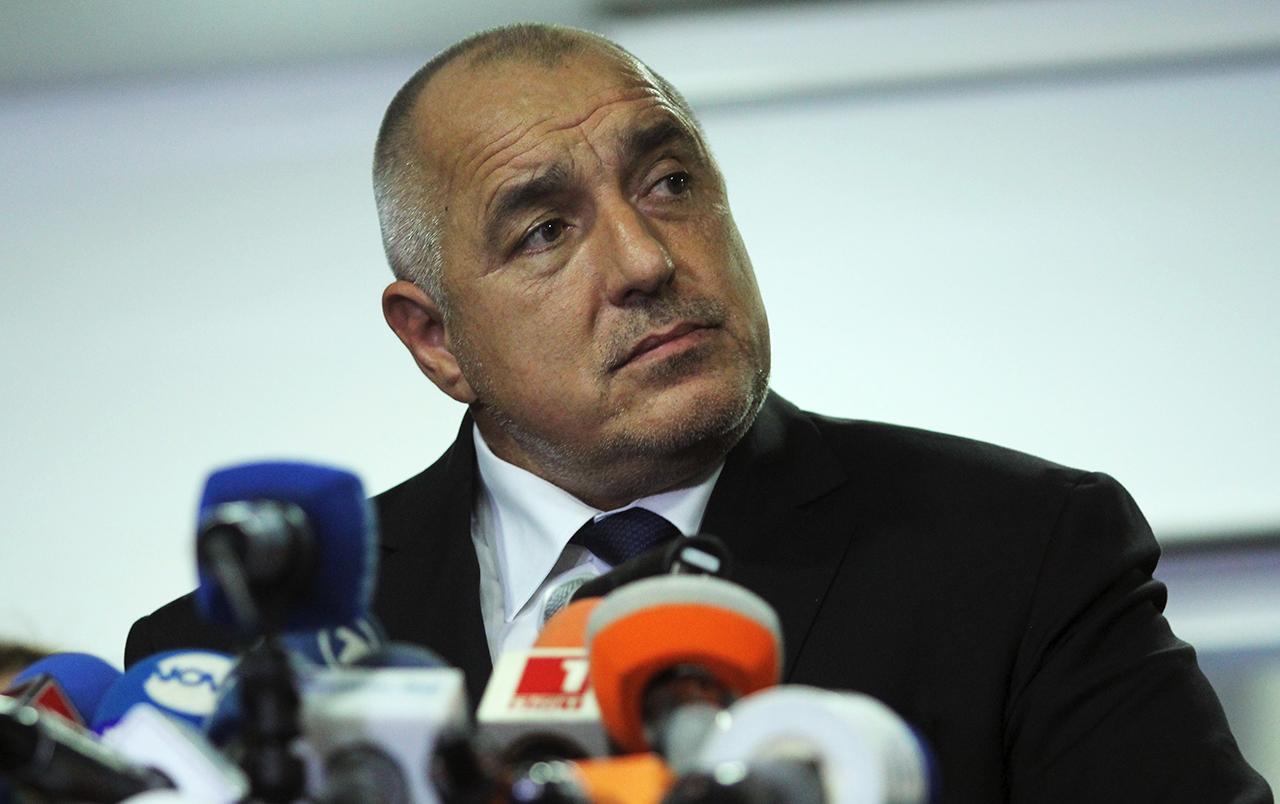 Прежний болгарский премьер Бойко Борисов ушел в отставку после того, как на президентских выборах в ноябре потерпела поражение кандидат от правящей партии ГЕРБ Цецка Цачева. Фото: EPA/STR