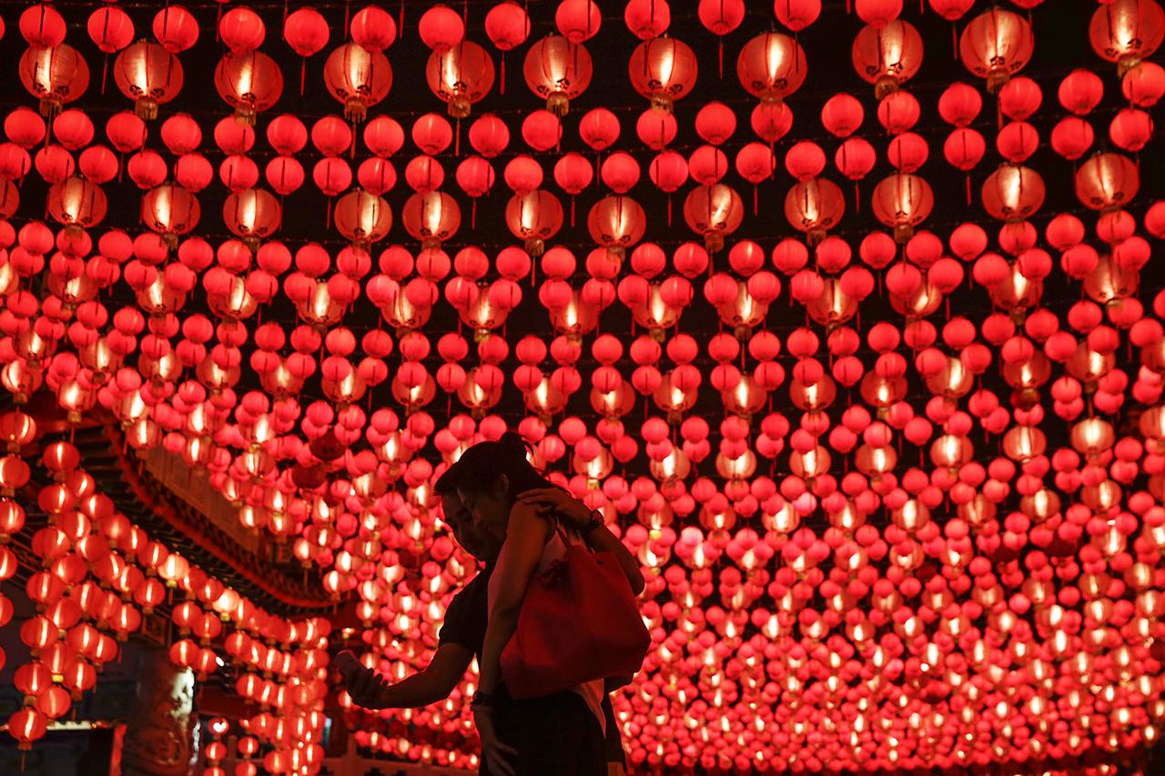 5888b2c4c4db1196607370 И снова праздники. Как в мире отмечают китайский Новый год