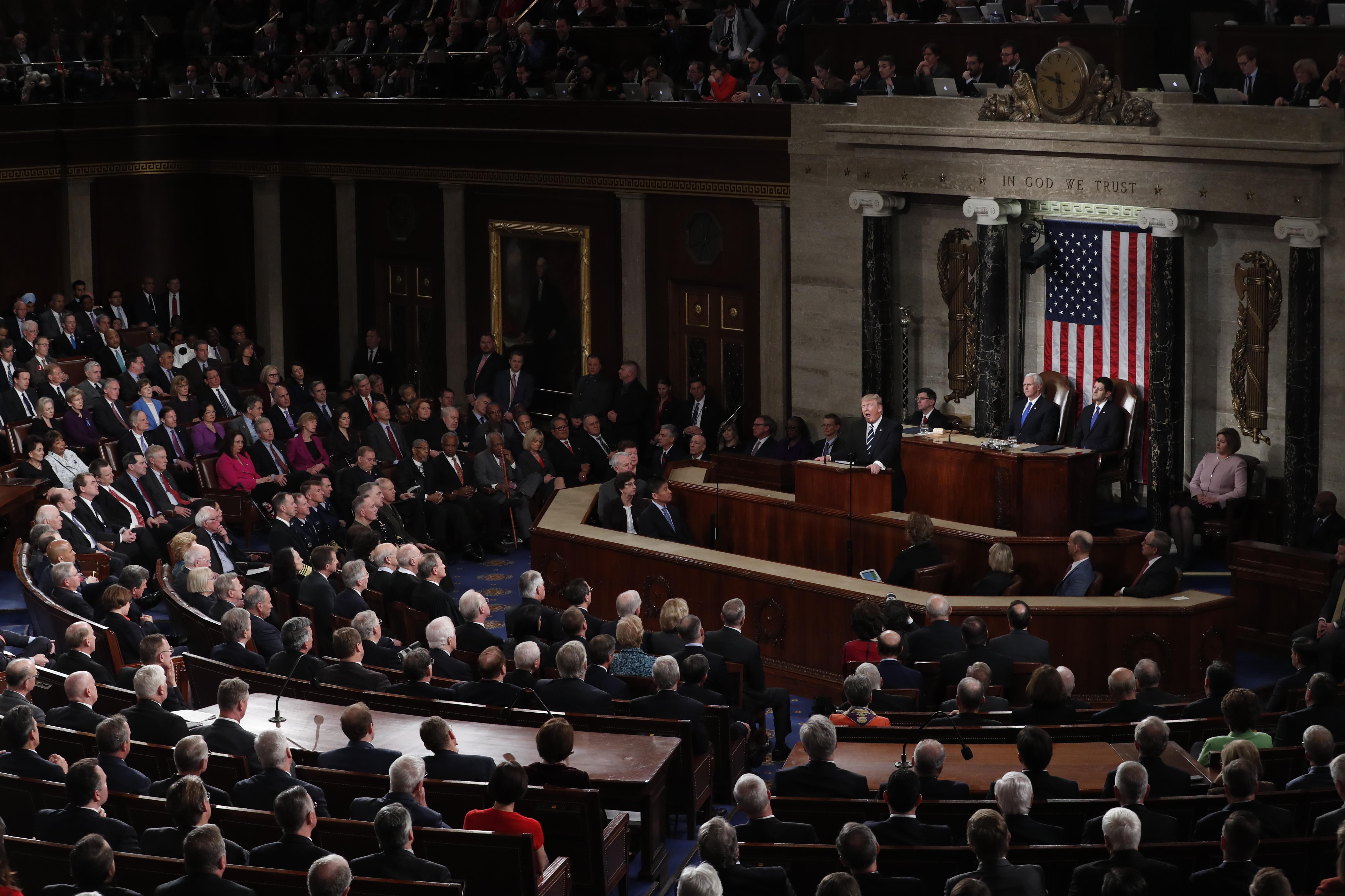 Президент США Дональд Трамп в Палате представителей. Фото: EPA