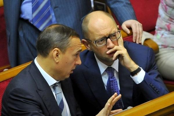 """Мартыненко называют """"серым кардиналом"""" """"Народного фронта"""""""