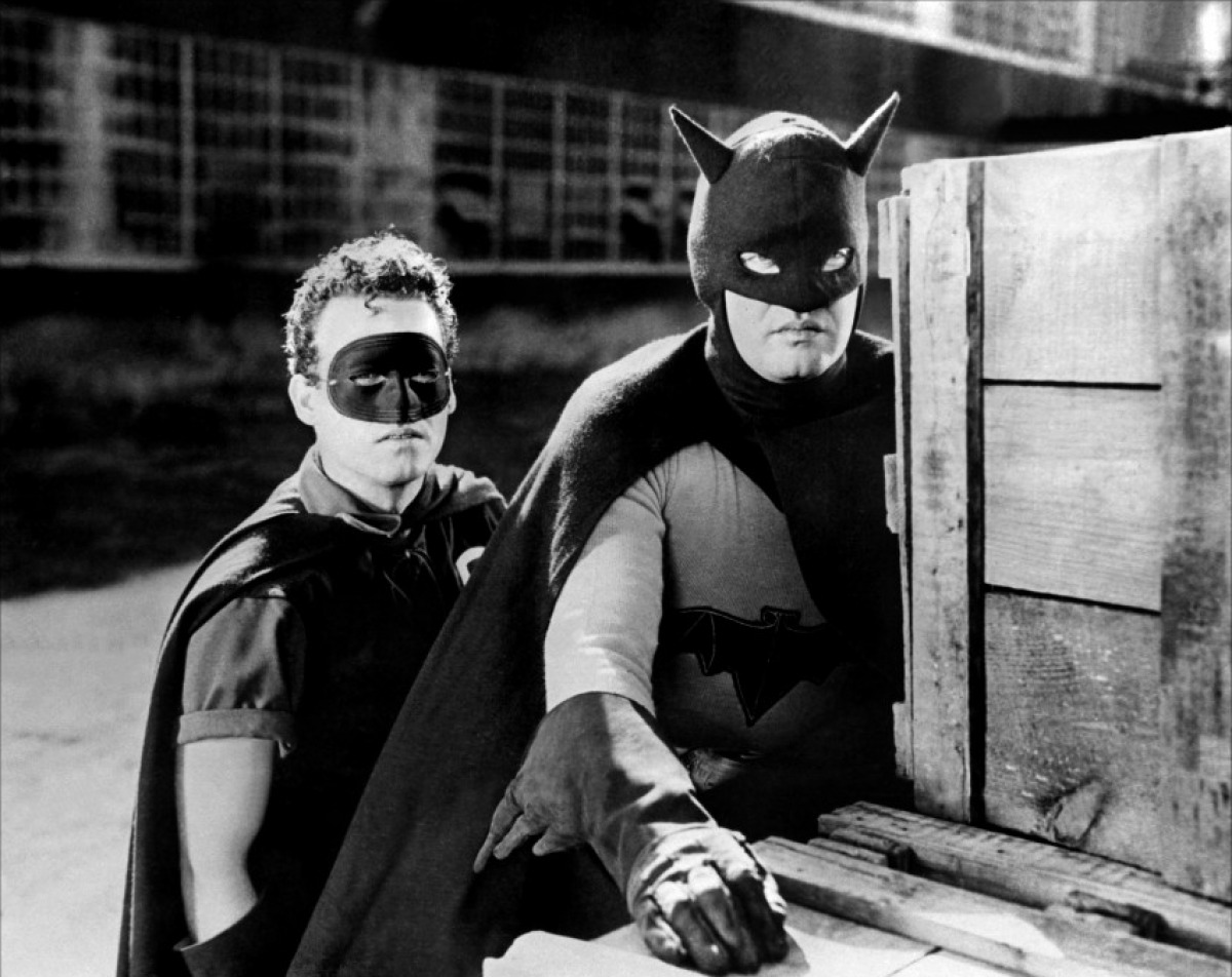 Картинки по запросу бэтмен 1943 льюис уилсон