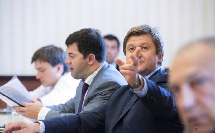 Данилюк далеко не первый министр, к которому появились вопросы у правоохранительных органов