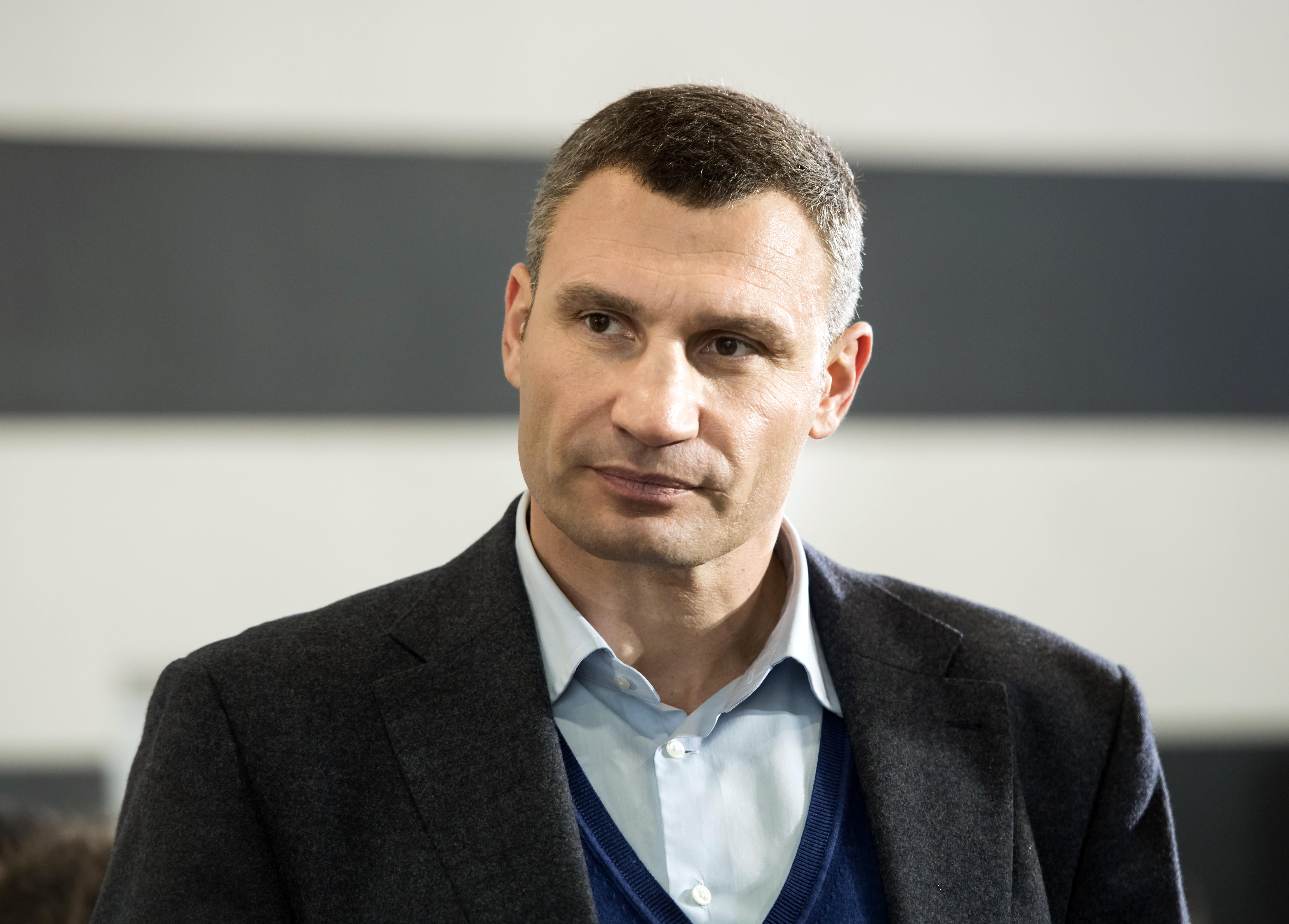 Кличко объявил о90-процентной готовности украинской столицы котопительному сезону