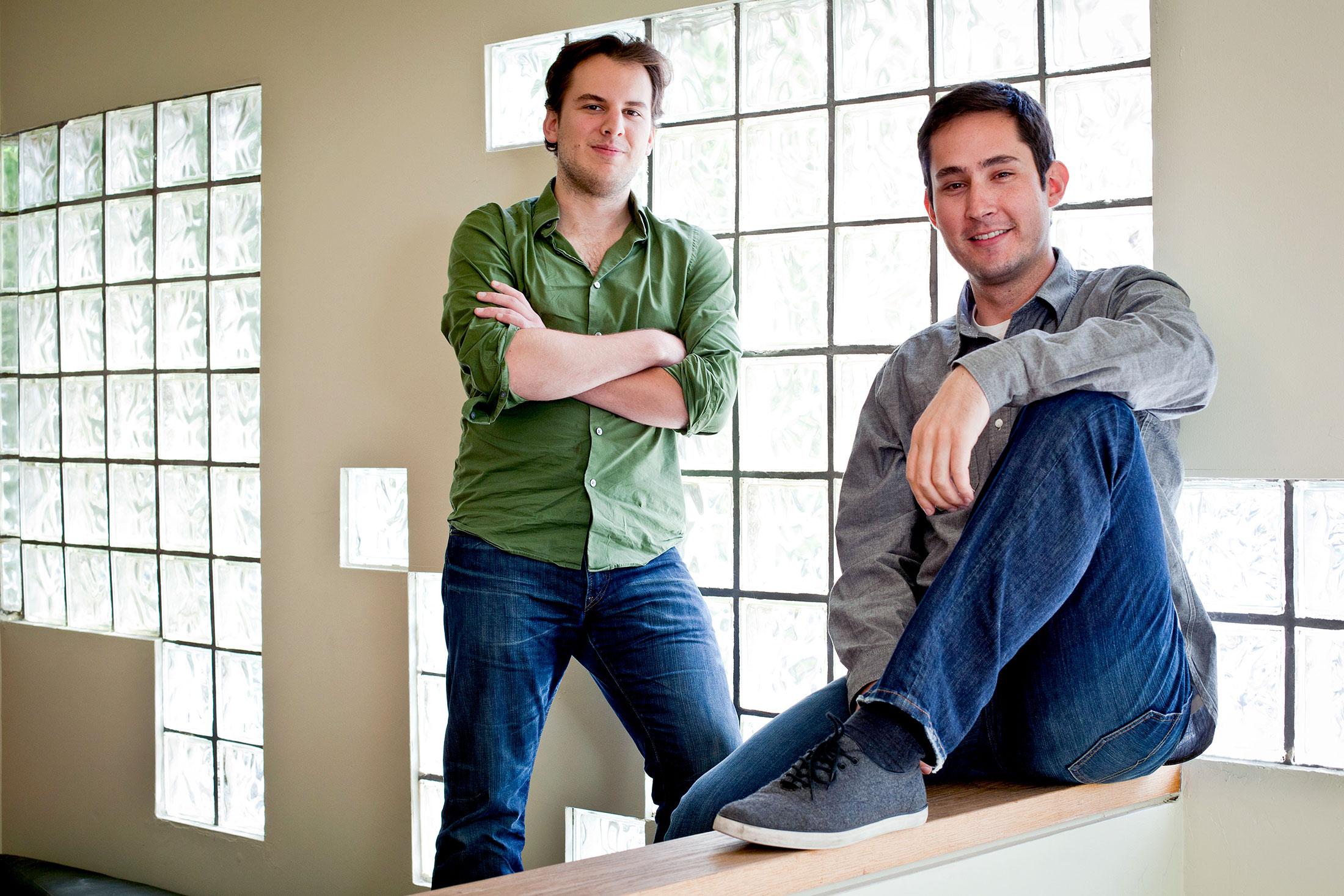 Майк Кригер и Кевин Систром (справа)