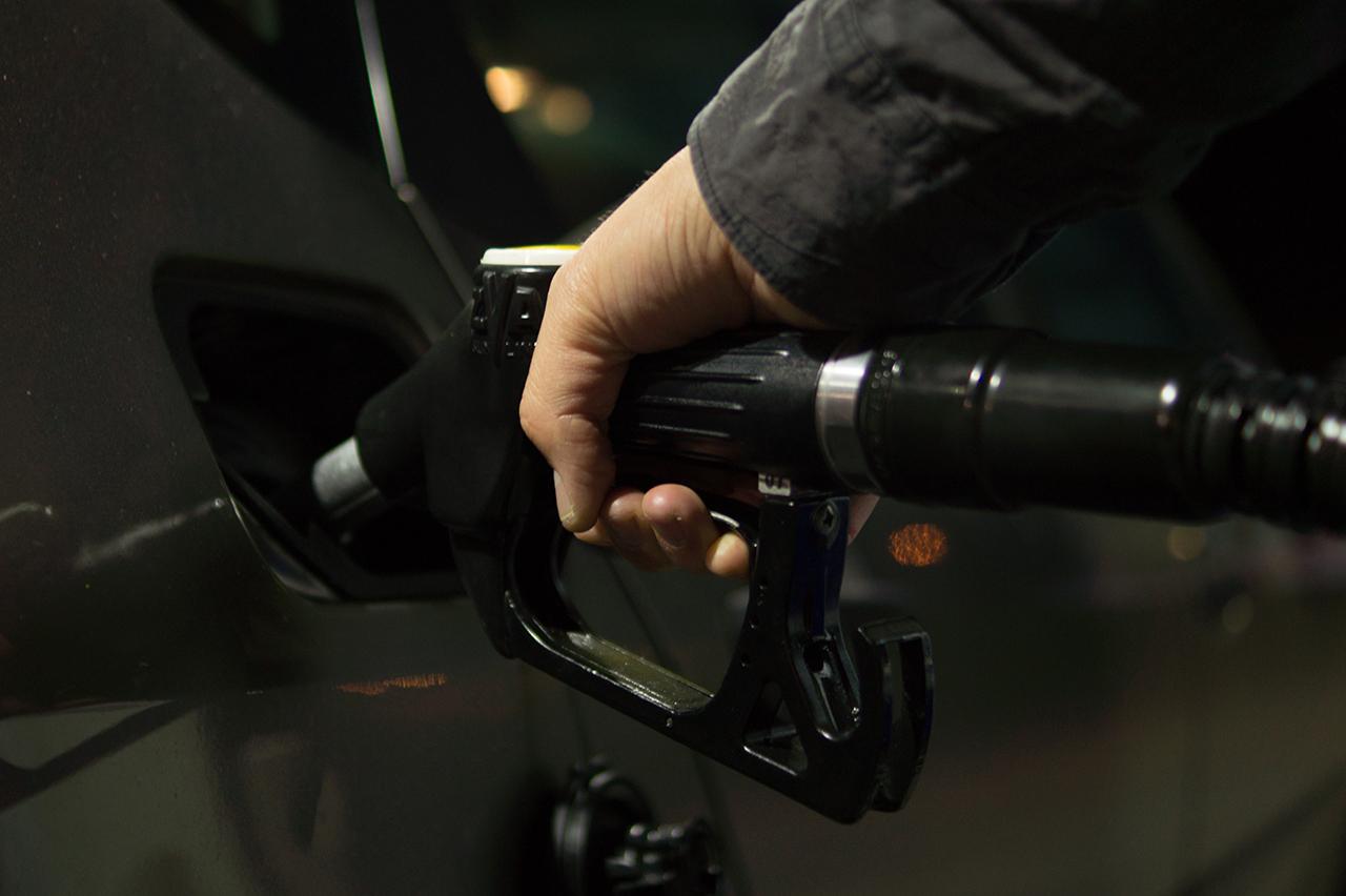 Вгосударстве Украина снова дорожает бензин идизтопливо