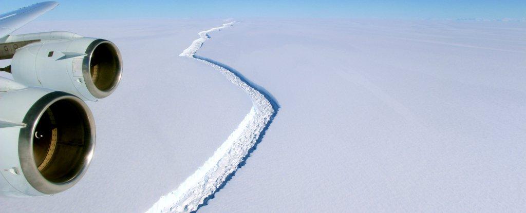 Разлом в ледниковом шельфе Ларсен С, 2016 год