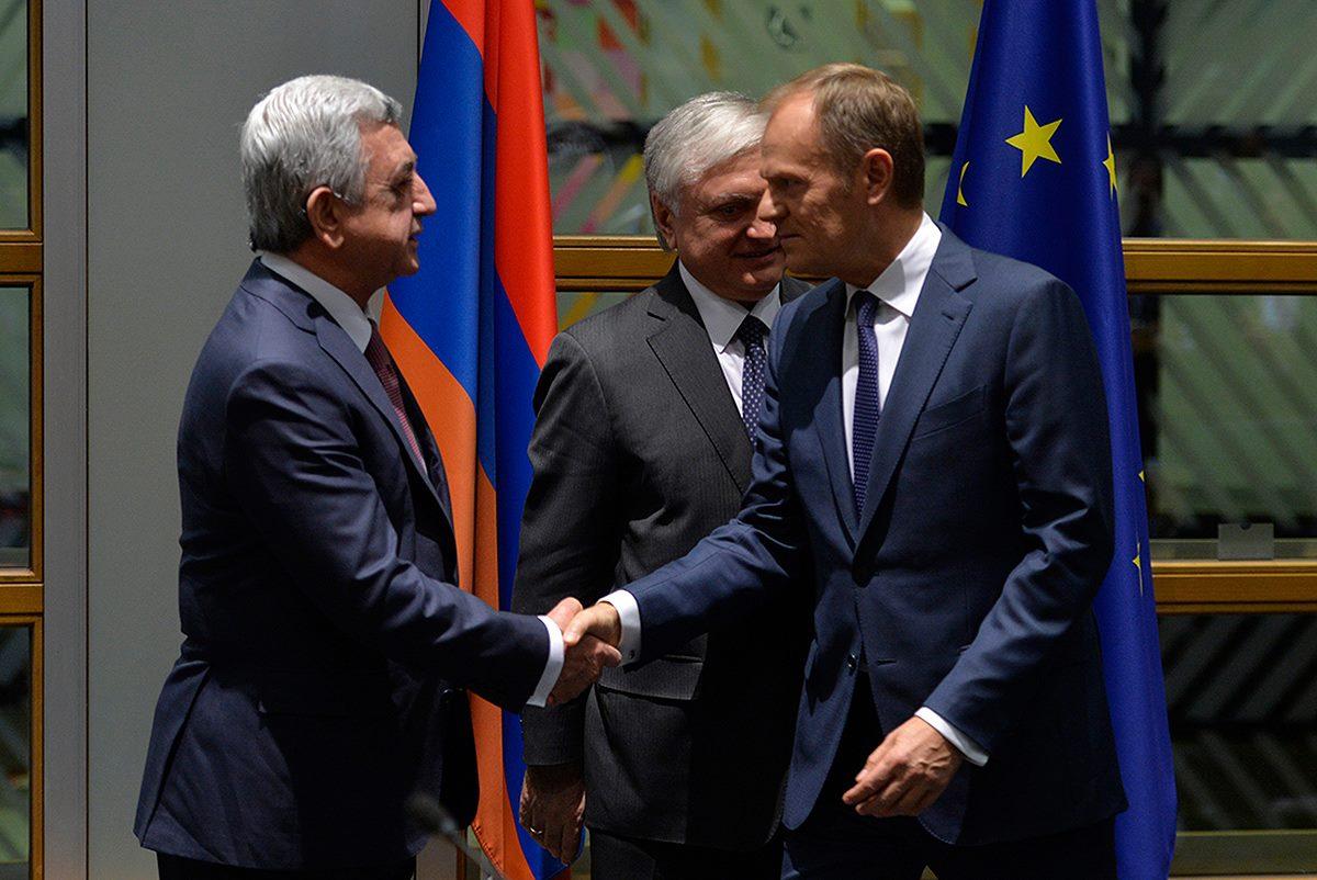 Президент Армении Серж Саргсян и председатель Европейского совета Дональ Туск / Фото: Facebook