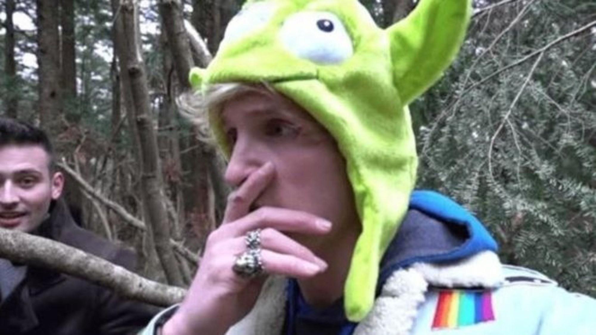 Кадр из видео, в котором Логан Пол показал мертвое тело
