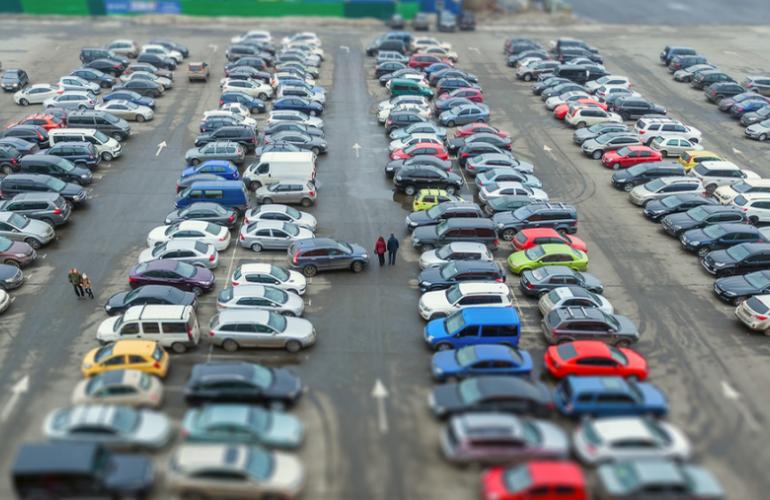 Героев парковки будут наказывать по-новому: что поменяется