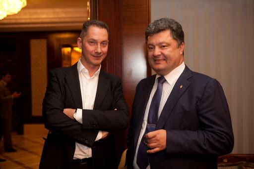 «Грязные» деньги стали частью выплаты в размере $500 млн, которые Порошенко и Ложкин получили от Курченко за продажу медиа-холдинга