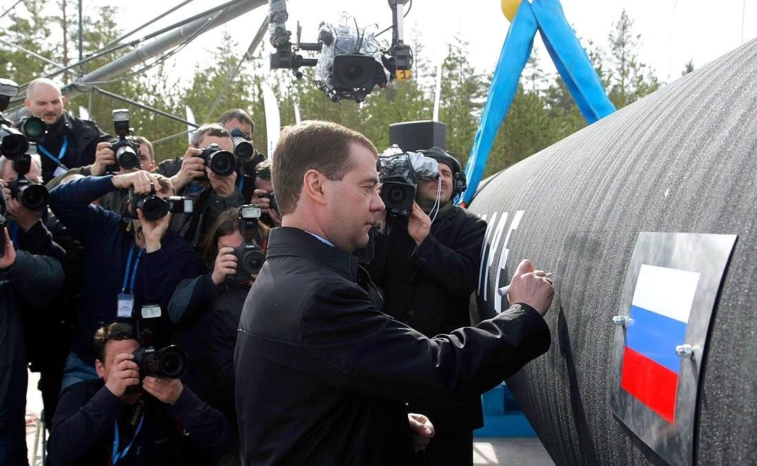 Медведев прямо предупредил, что Европе нужно больше газа