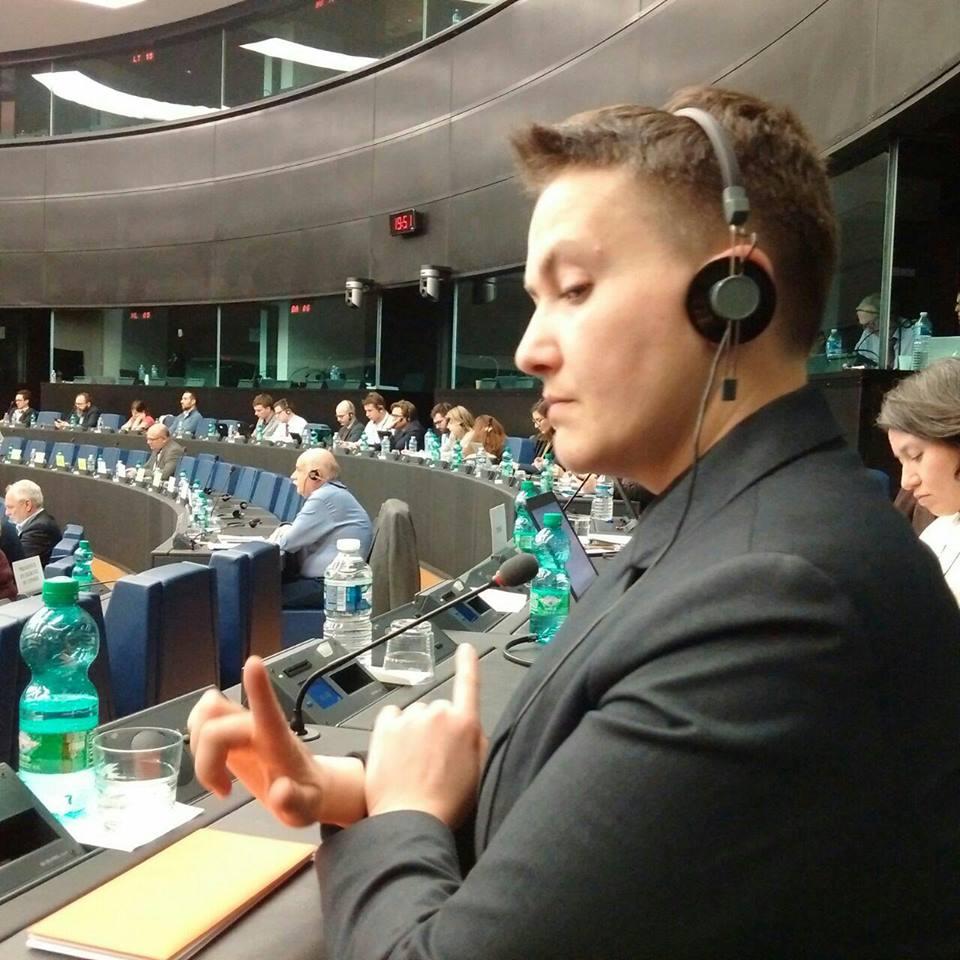 Вскоре появилась информация о возможности снятия с Савченко неприкосновенности за «попытку госпереворота»