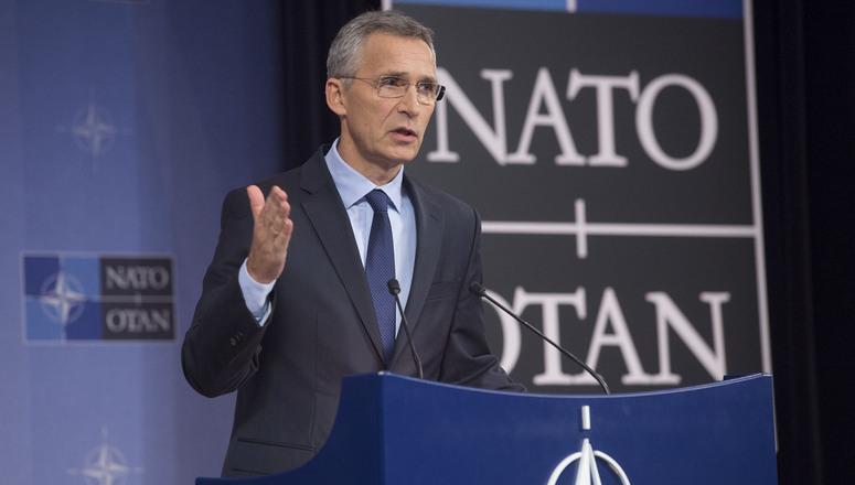 «Это посылает очень четкий сигнал России – за все нужно платить», – заявил генсек НАТО Йенс Столтенберг