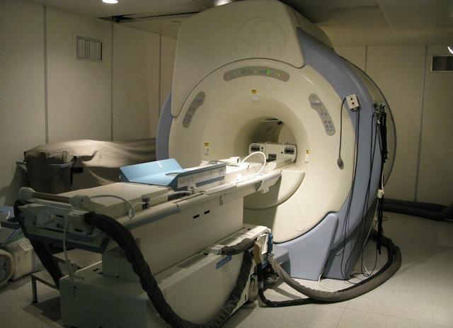 КТ, МРТ и другие методы диагностики являются специфическими, и решение об их целесообразности принимает врач