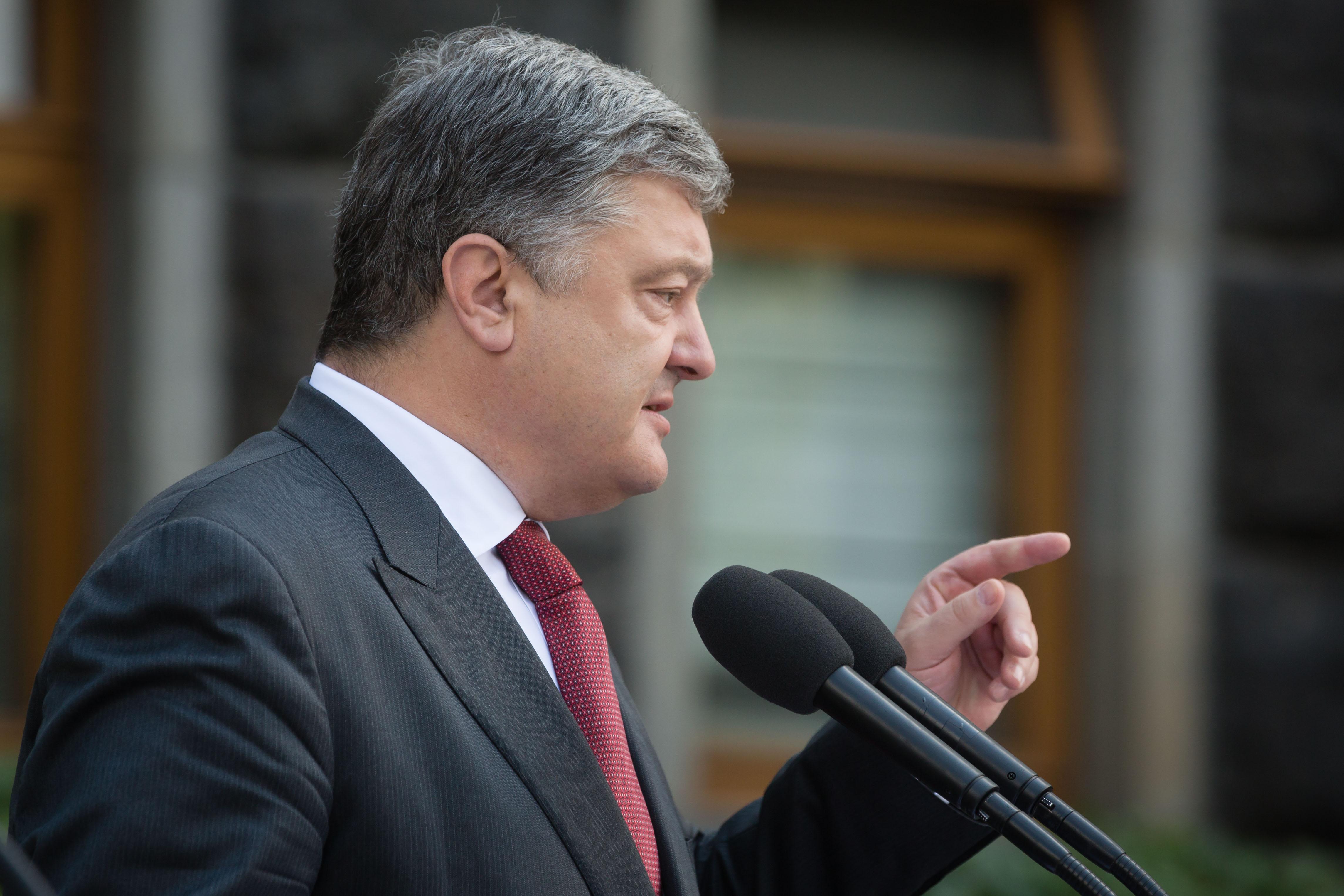 """Мощный месседж """"прочь от Москвы"""" может в этих условиях стать базисным в предвыборной кампании Порошенко"""