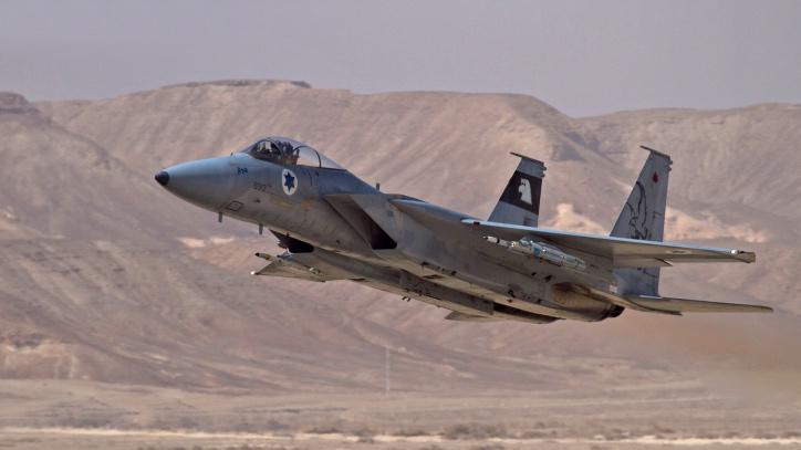 8 апреля израильские ВВС обстреляли территорию Сирии