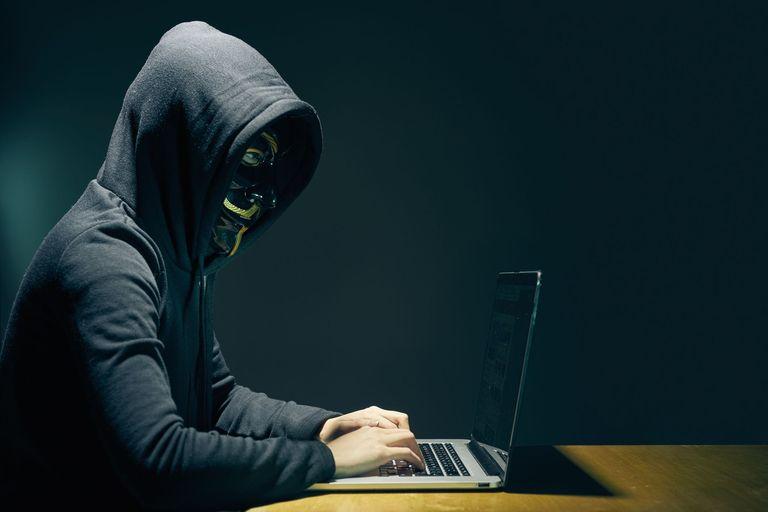 Россия может использовать кибервторжения, чтобы украсть компрометирующие данные