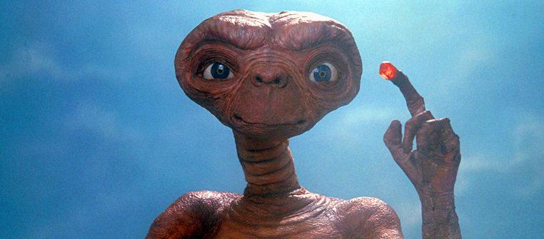 """Кадр из фильма """"Инопланетянин"""" 1982 года"""