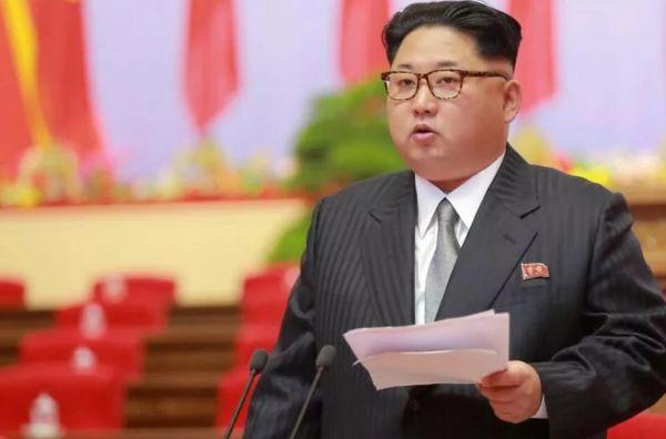 Ким Чен Ын заявил, что он будет готов отказаться от своих ядерных ракет, если Соединенные Штаты официально прекратят Корейскую войну и обязуются не нападать на Север