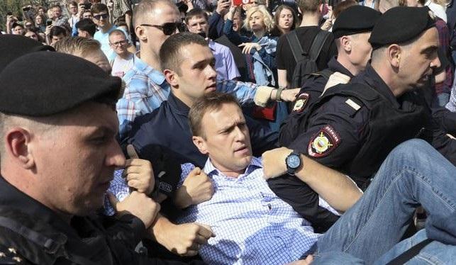 Алексея Навального задержали в Москве на Пушкинской площади