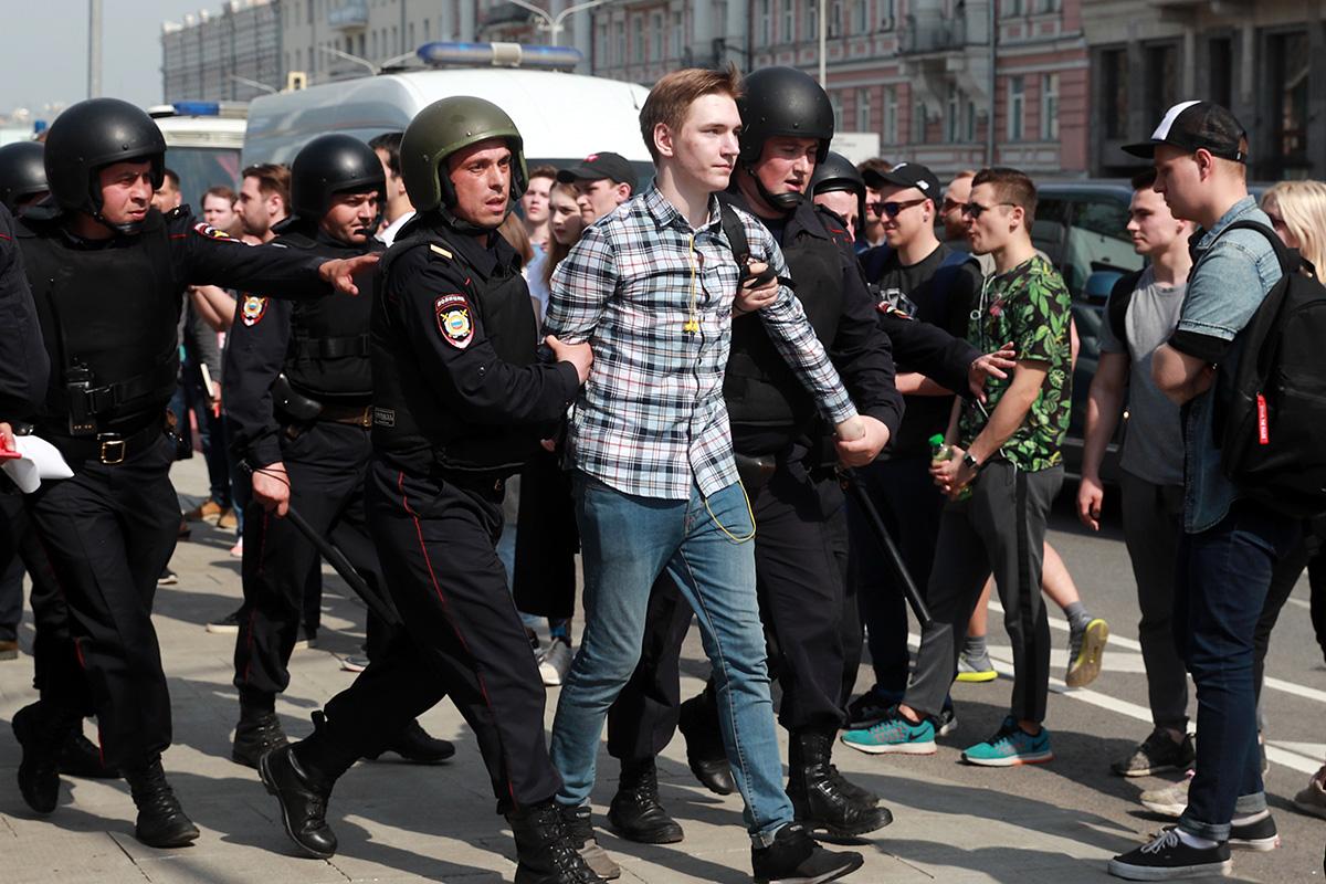 Европейский союз выразил свое беспокойство по поводу насилия