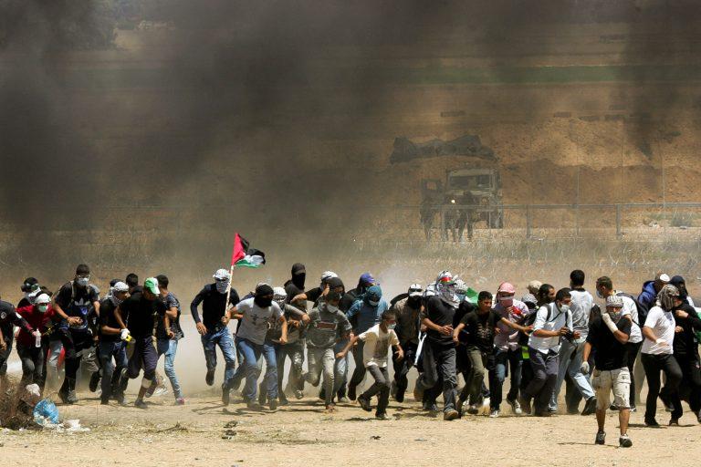 40 000 палестинцев приняли участие в бурных беспорядках