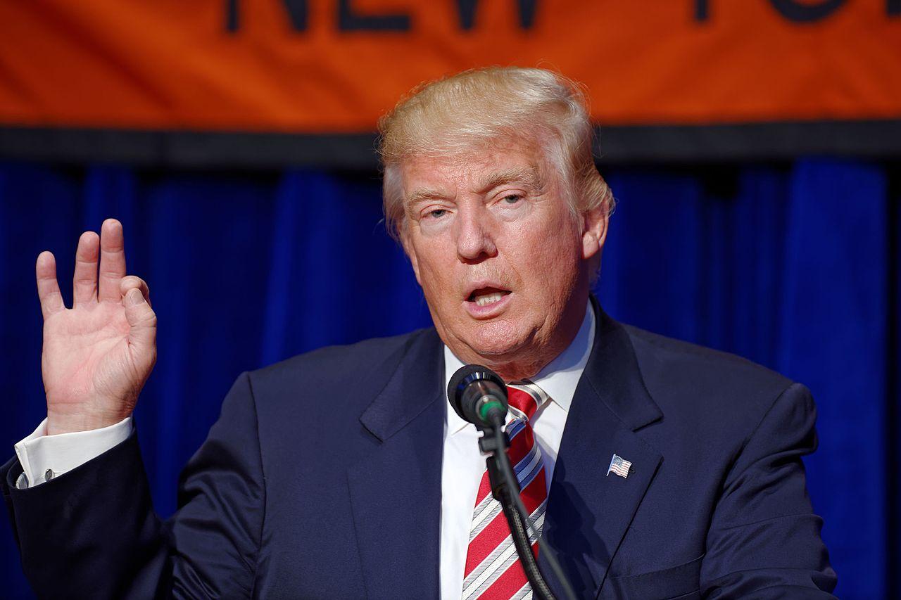 Трамп під час європейського туру з відвідуванням саміту НАТО у Брюселі прочитав європейським союзникам лекцію