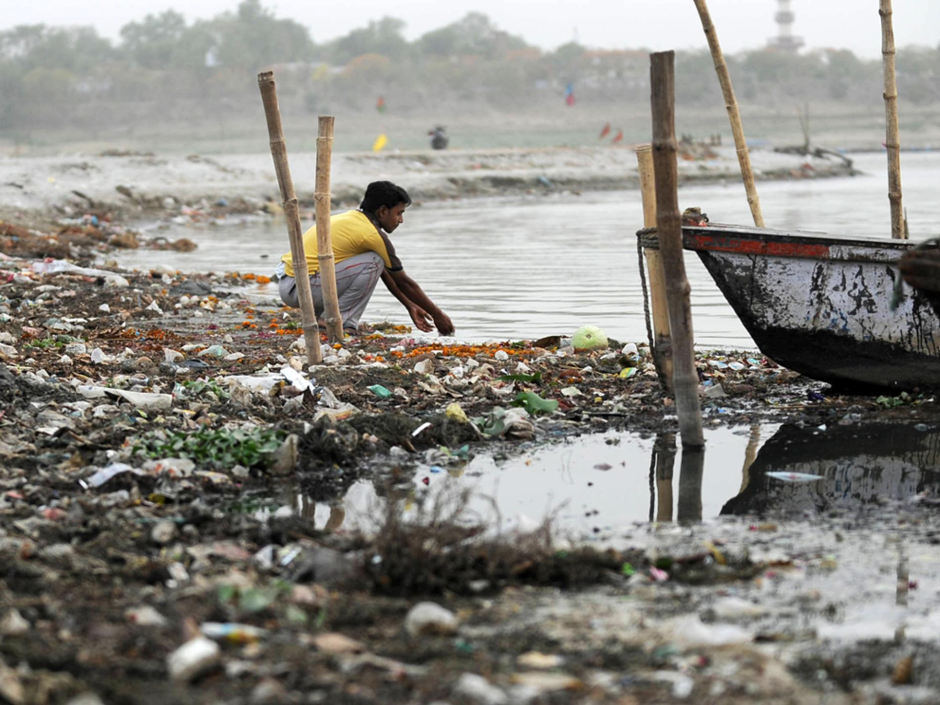 Ganga river pollution pictures
