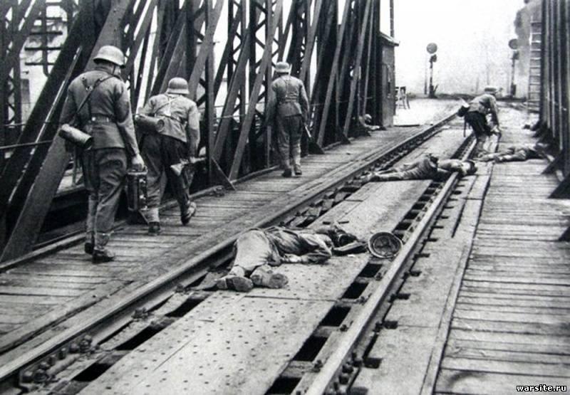 Первый день войны и первые погибшие захватчики на украинской земле (солдаты 101-й легкопехотной дивизии)