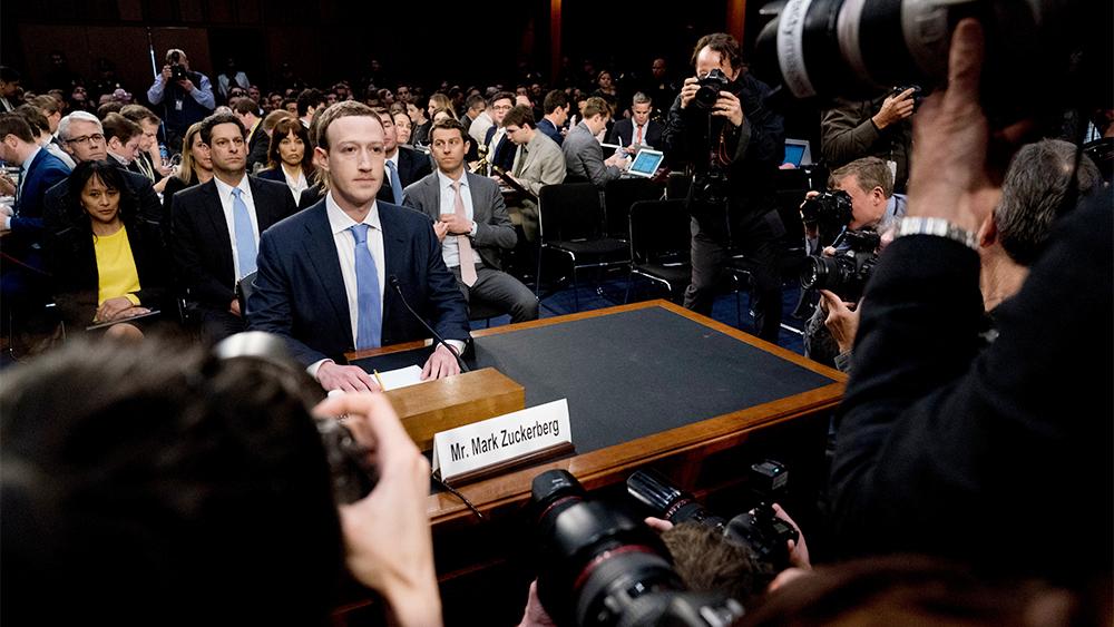 Марк Цукерберг дает показания в Конгрессе США после скандала с незаконным использованием персональных данных компанией Cambridge Analytica. Апрель, 2018 год