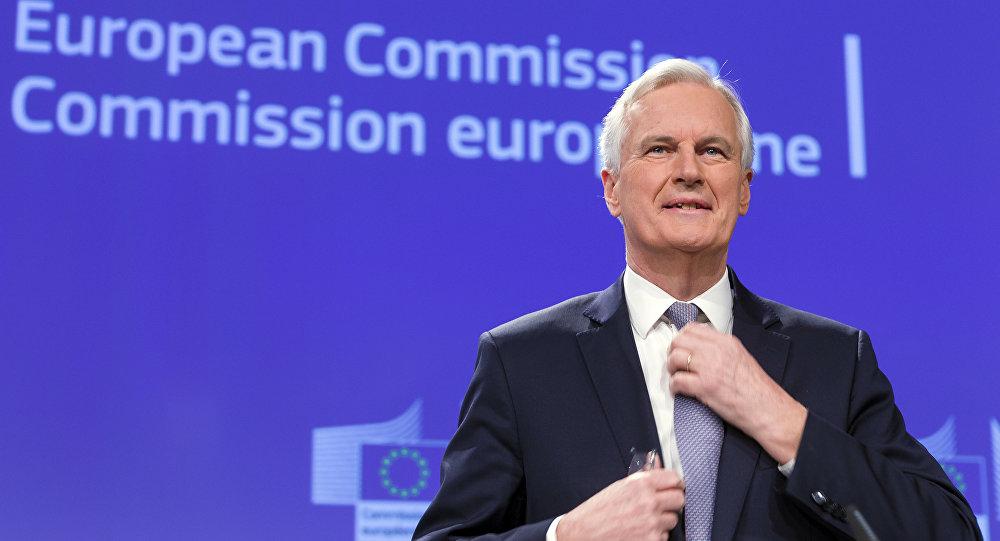 Мишель Барнье от Еврокомиссии изначально затребовал у Лондона за выход из ЕС €100 млрд, потом €60 млрд, теперь – якобы £39 млрд ($51,71 млрд), но торги продолжаются