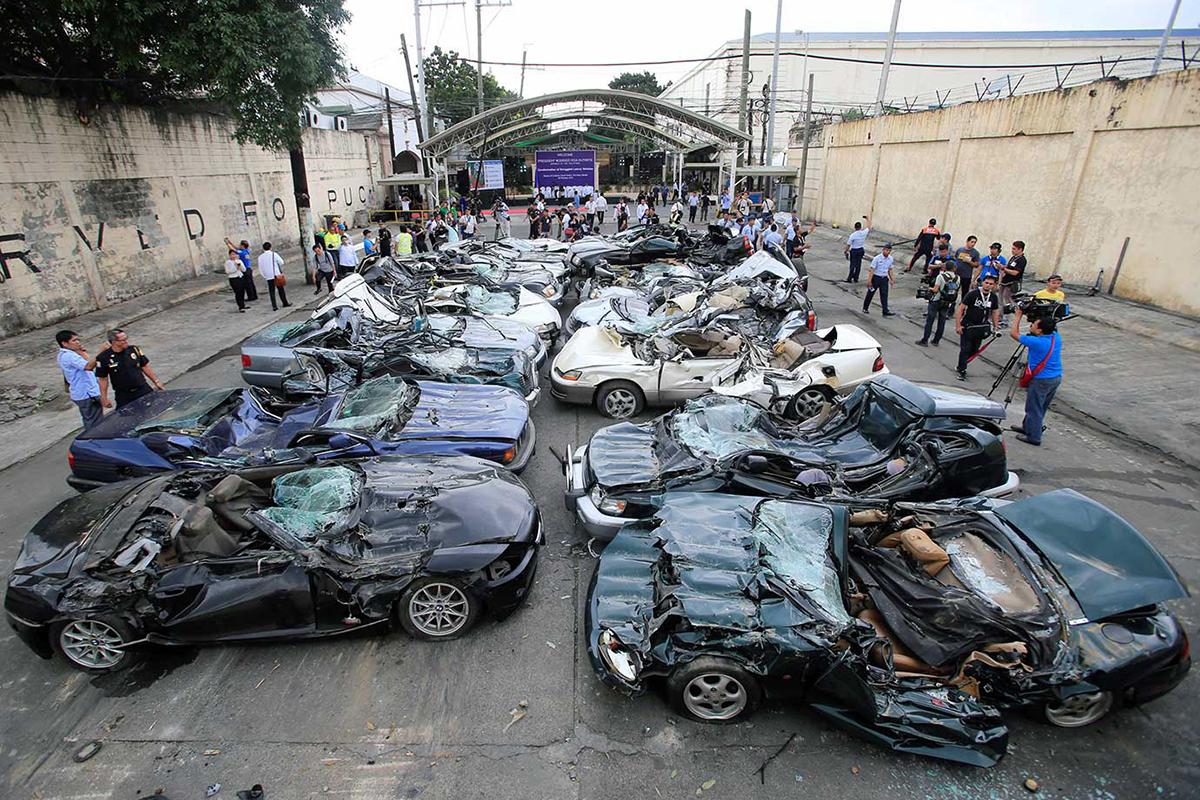 Президент Филиппин Родриго Дутерте устроил шоу из борьбы с коррупцией, но запретил преследовать за коррупцию свое окружение