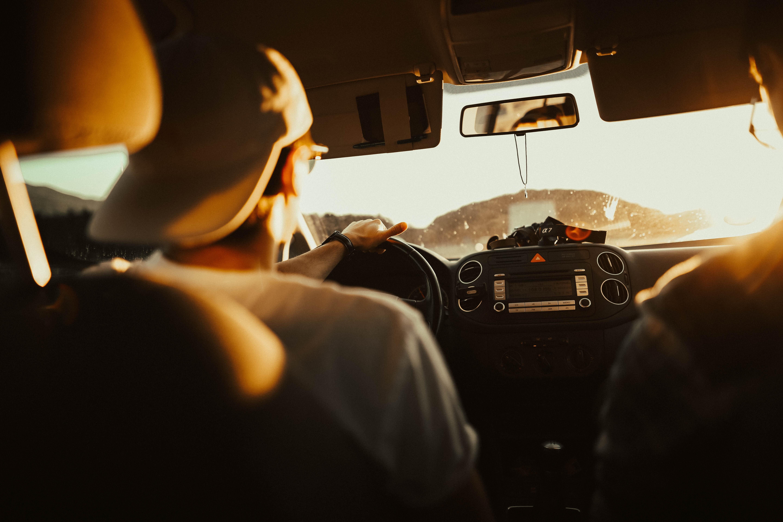 Сонливость может появиться через 15 минут после того, как вы сели в машину. Уже через полчаса это существенно повлияет на способность оставаться сосредоточенным и настороженным