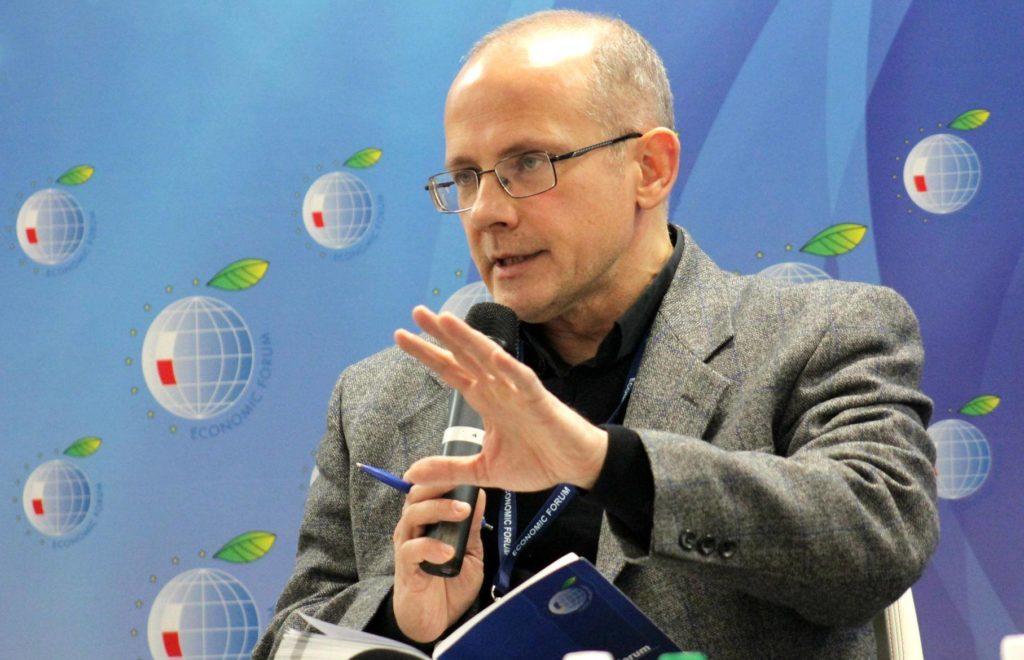 Немецкий политолог Андреас Умланд предлагает Киеву проявить инициативу и предложить свободное трудоустройство граждан ЕС в Украине