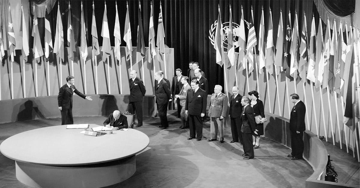 C 1945 года количество стран - членов ООН увеличилось с 50-ти, подписавших Устав в Сан-Франциско, до 193-х на данный момент