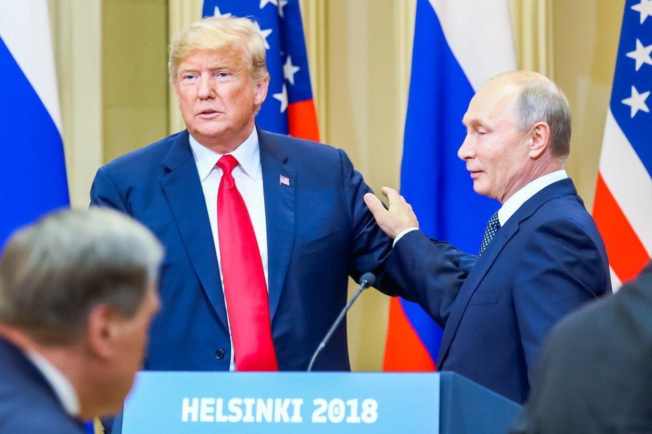 Россия в очередной раз выставила президента США в выгодном для себя и нехорошем для него свете
