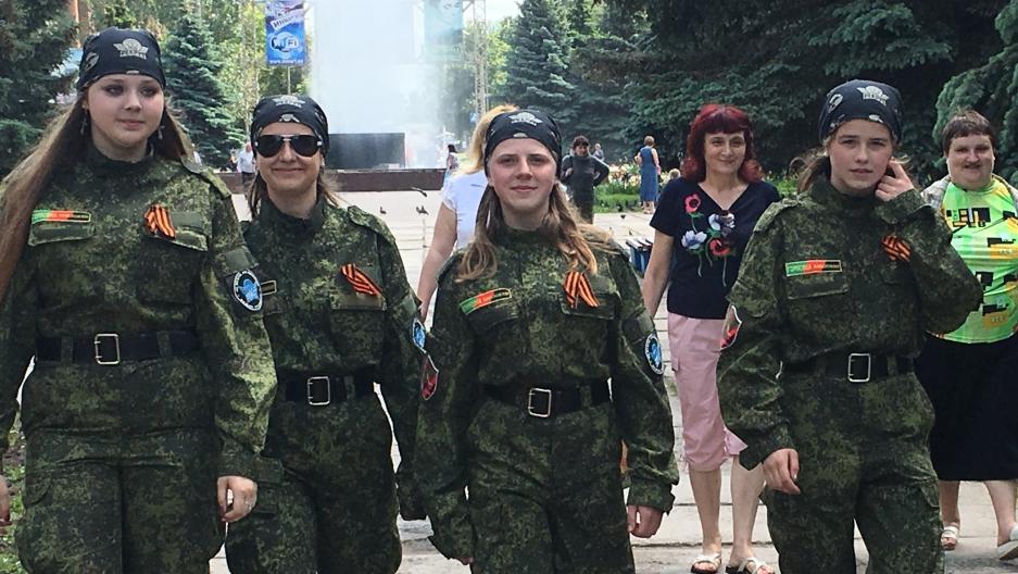 За четыре года между украинцами по разные стороны линии разграничения выстроилась идеологическая стена