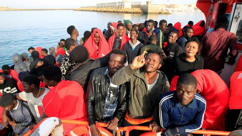 Кроме беженцев с Ближнего Востока, в ЕС хлынул наплыв иммигрантов из северной Африки