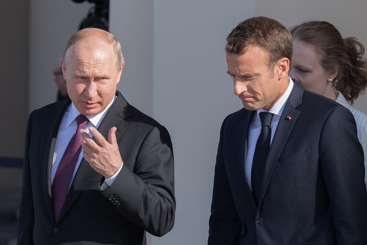 Эммануэль Макрон неоднократно позволял себе неоднозначные высказывания в адрес внешней политики России
