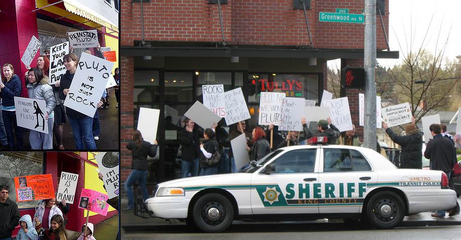 """Протесты против """"разжалования"""" Плутона, 2008 / Фото: Wikipedia"""