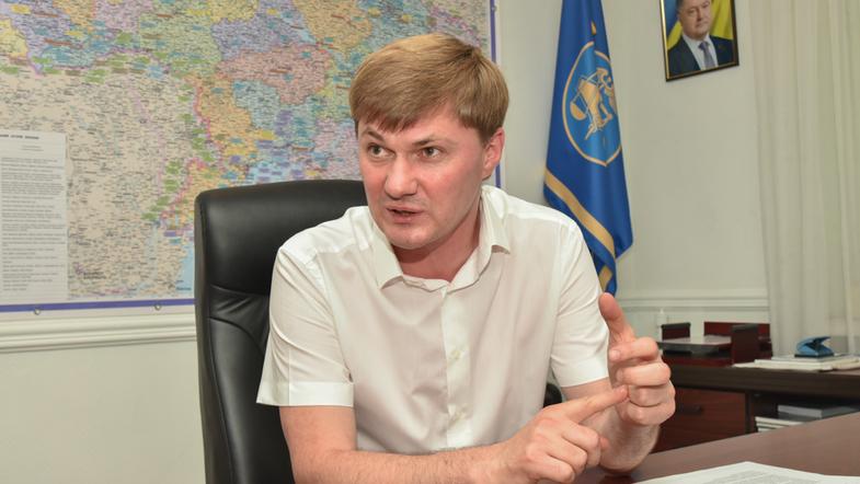 Главе Одесской таможни Александру Власову удалось не только избежать уголовного преследования, но и стать и. о. главы ГФС. Благодаря Гройсману