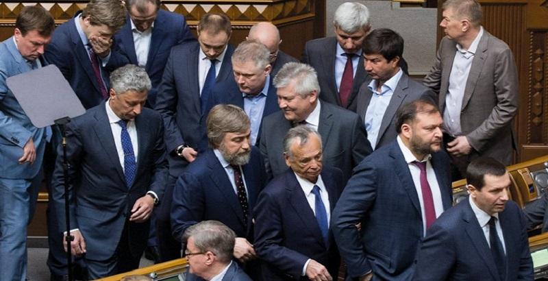 В Оппоблоке уже заявили, что будут обжаловать в Конституционном суде закон о ЦИК