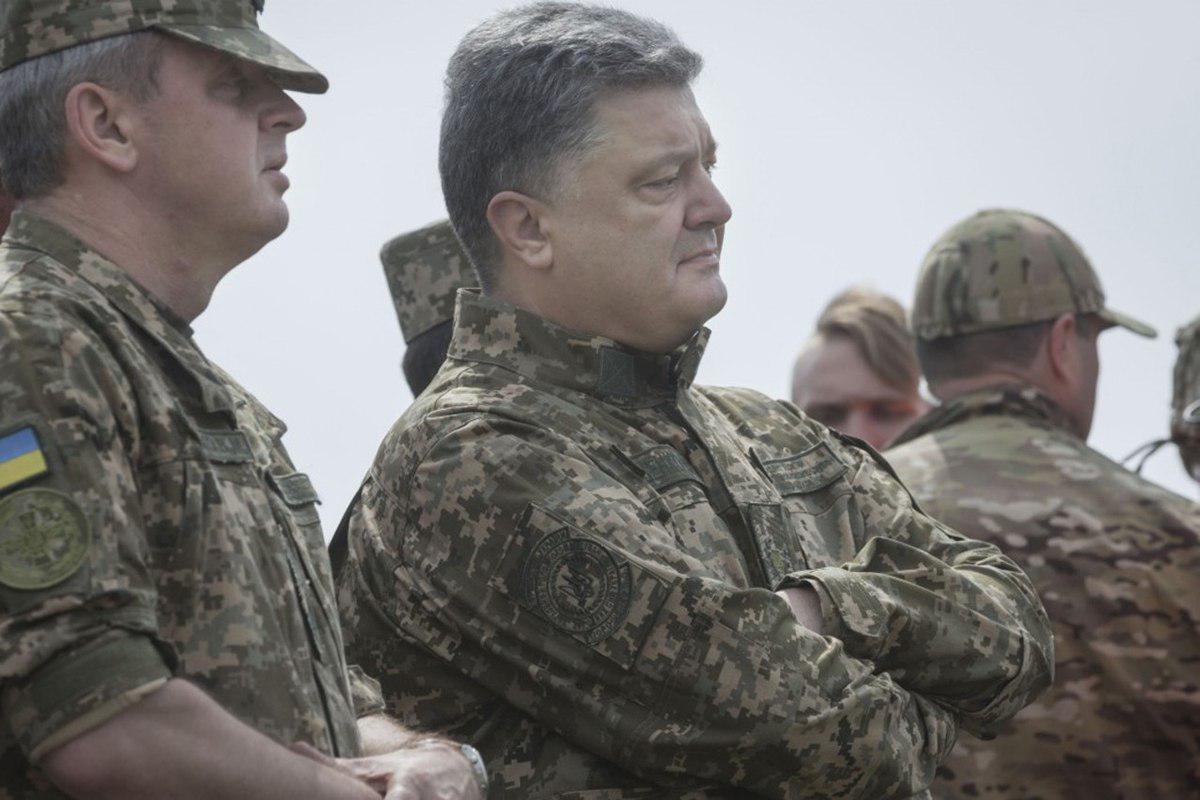 Президент Порошенко подчеркивает: еще более позитивные изменения произошли в армии