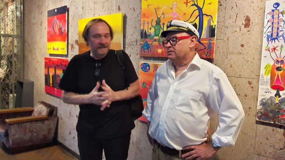 Александр Ляпин и искусствовед Дмитрий Корсунь (справа)