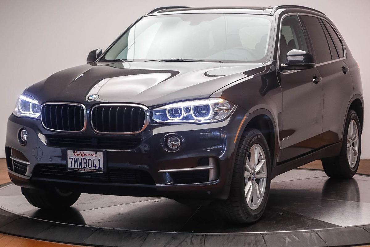 Из-за такого внедорожника BMW X5 2015 года выпуска Омелян попал под следствие НАБУ