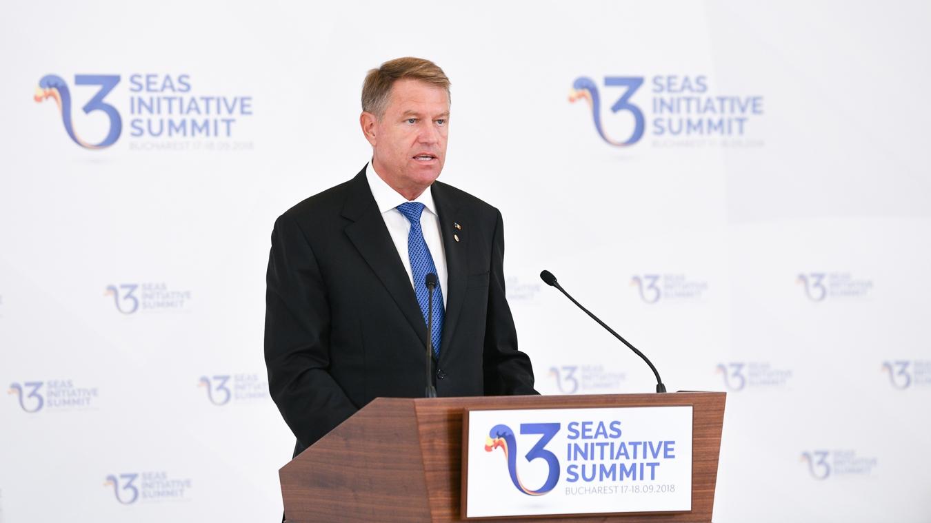 Президент Румынии Клаус Йоханнис говорил на саммите Триморья о потребности стран-участниц достичь уровня экономик стран Западной Европы