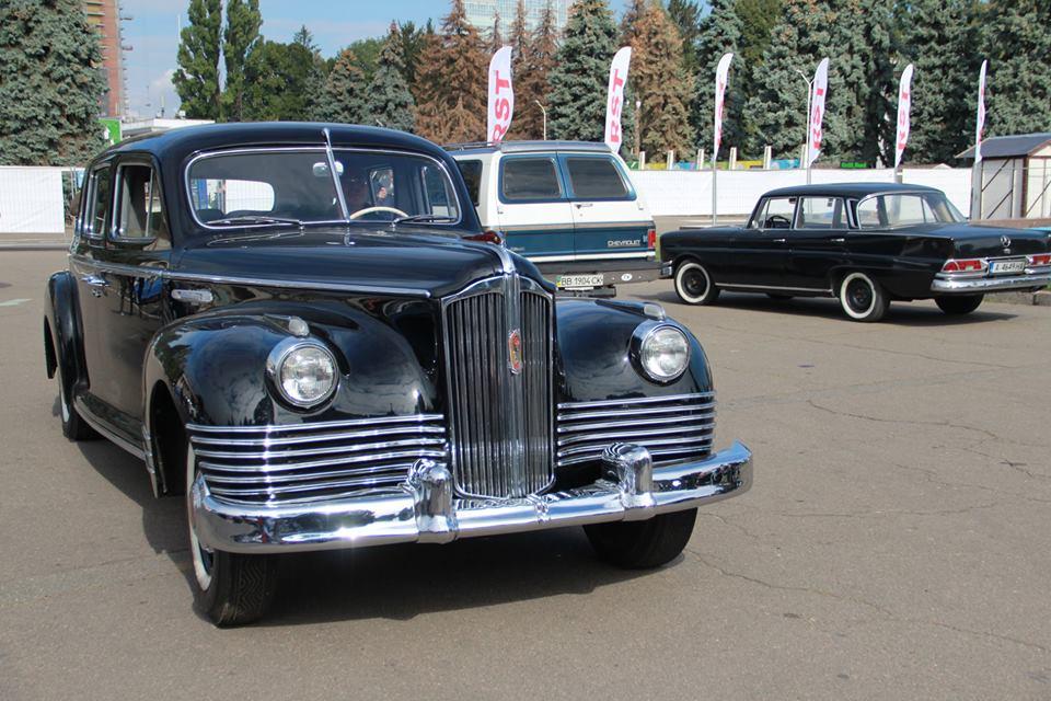 Коллекционеры утверждают, что на этом авто ЗИС-110 1945 года выпуска ездили люди Берии