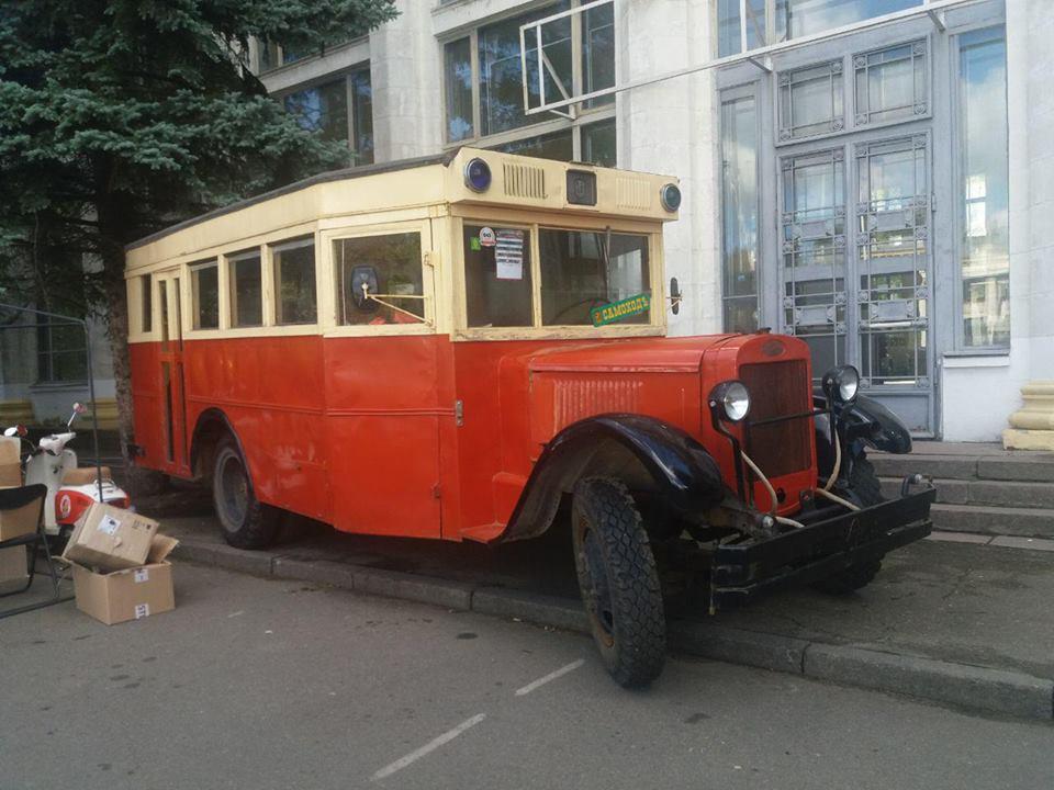 Автобус ЗИС-8 из Харькова: именно на таком ездили герои фильма «Место встречи изменить нельзя»